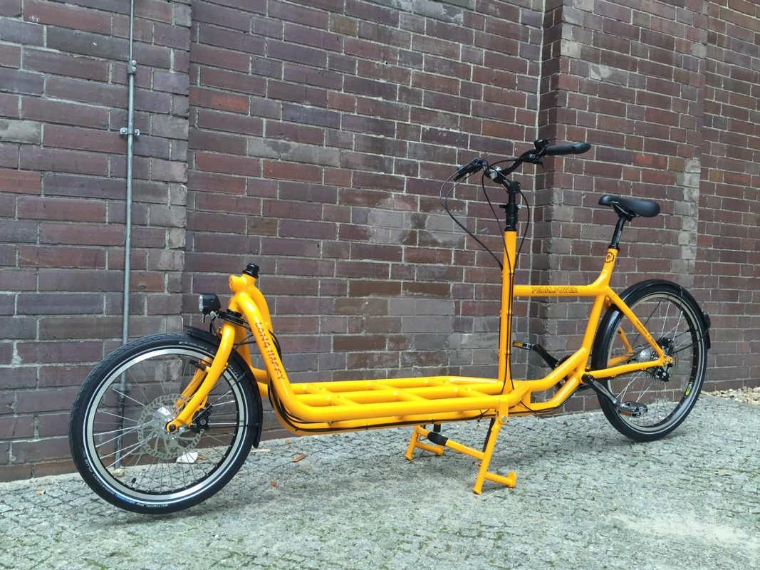 """Cargo bike """"long John""""."""